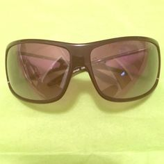 Black Armani Exchange Sunglasses Black sunglasses with silver A/X logo on both a... Black Sunglasses, Sunglasses Accessories, Armani Exchange Sunglasses, Black Silver, Logo, Things To Sell, Arms, Logos, Environmental Print