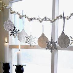 Elegant Christmas Window Garland - Silver and White with Candle Light