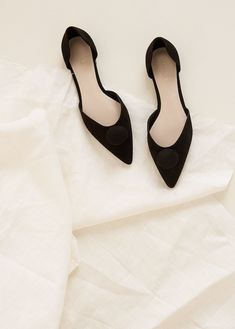 8f0d35b358 87 Best Pointed Toe Flats images | Trousers women, Beautiful shoes ...