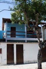 Casa térrea com garagem próxima a Praia do Forte