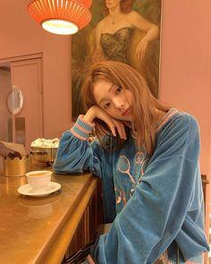 Korean Actresses, Korean Actors, Actors & Actresses, Korean Model, Korean Singer, Korean Style, Studying Girl, Divas, Ahn Hyo Seop