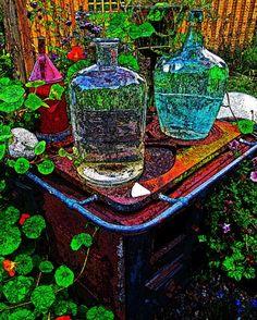 Glasflaschen auf Feuerstelle - patchwork impressions