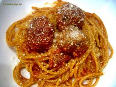 Spaghetti and Meatballs Canned Spaghetti Sauce, Spaghetti Recipes, Meatball Sauce, Meatball Recipes, How To Dry Oregano, How To Dry Basil, My Favorite Food, Favorite Recipes, How To Make Spaghetti