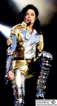 Michael Jackson ♕ King Of Pop ⒶⓇⓉ✪ⓂⓄⓃⓈⓉⒺⓇ