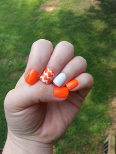 University of Tennessee nails! Go Vols! Imma do these this weekend