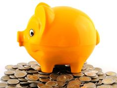 Administratorul de fonduri de pensii private, reprezinta societatea de pensii/societatea comerciala pe  actiuni, constituita in conformitate cu dispozitiile legislatiei in vigoare.