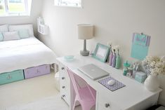 Girls room bedroom desk & bed