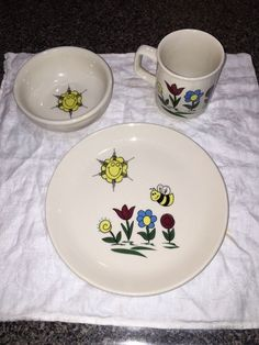 Homer Laughlin China 3-piece child's plate, bowl and mug; retired child dish set | eBay