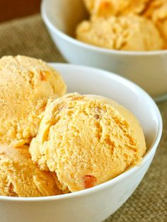 persimmon cardamom honey ice cream - recipe looks insanely delicious! Persimmon Recipes, Ice Cream Recipes, Icebox Desserts, Frozen Desserts, Frozen Treats, Flan, Mousse, Canned Blueberries, Dessert