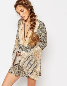 Once Upon A Summertime Boho Romper Playsuit By Free People Size XS Blue Golden Floral Extra Small Bell Sleeve Plunge Neck Backless Short Set One Piece