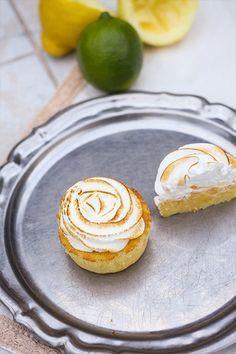 Cupcakes citron et meringue, petits coeurs coulants au Lemon Curd