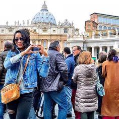 Admire. @luvericam // Rome Italy. #travelnoire #rome