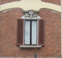 Window in Monza http://lefotodiluisella.blogspot.it/?zx=2ab86e85382d733a