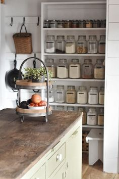 Flat Creek Farmhouse - Organize Your Pantry