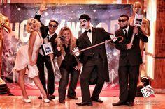 Se o tema da Festa é Hollywood nada melhor que cobrir essa grande evento com nossos repórteres CQC, muitos flash com nosso Paparazzo e as estrelas Chaplin e Marilyn.  Uma FESTA DE DEBUTANTE tem que ser divertida do início ao fim!  15 ANOS só se faz uma vez!  Foto: @marioaaquino  #festahollywood #festade15anos #festadedebutante #debutantes #quinzeanos #cqc #paparazzi #paparazzo #festa #animacaodefesta #animadoresdefesta #atracoesparafesta #festaoscar #hollywood #marilynmonroe #chaplin #sosia…
