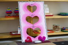Michaels craft project idea: beanbag throwing game for the Valentine & . School Michaels craft shop project idea: beanbag throwing game for the school Valentine & # - Party project idea # for # Beanbag thr Kinder Valentines, Valentines Games, Valentines Day Activities, Valentines Day Party, Valentine Day Crafts, Time Activities, Valentines Hearts, Time Games, Valentinstag Party