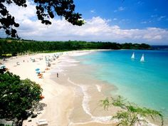 4: Kauna'oa Bay, Hawaii : Top 10 Beaches in America : TravelChannel.com