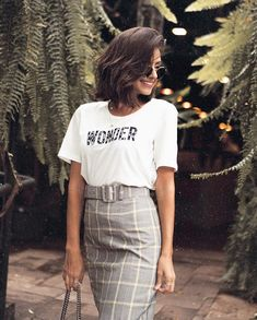 """""""Open up my eyes in wonder Show me who you are And fill me with your heart And lead me in your love . New Look Fashion, Latest Fashion For Women, Girl Fashion, Fashion Outfits, Trajes Business Casual, Street Chic, Street Style, Skirt And Sneakers, Instagram Outfits"""