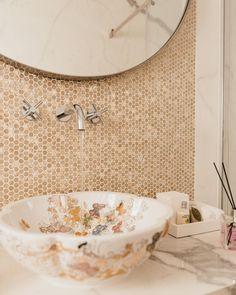 London Basin Company (@londonbasincompany) • Instagram photos and videos Bathroom Inspiration, Bathroom Ideas, Basin, Amsterdam, Luxurious Bathrooms, Sunday, London, Photo And Video, Mirror