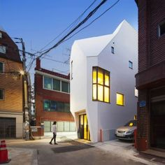 ThePlus+Architects+builds+narrow+office+block+for+a+South+Korean+book+publisher