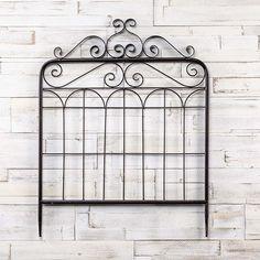 Decorative Black Garden Gate House Front Gate, Metal Garden Gates, Salvaged Decor, Gate Decoration, Black Garden, Iron Gates, Antique Farmhouse, French Country Style, Farmhouse Style Decorating
