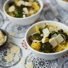 Spaghetti Squash with Roasted Broccoli and Parmesan (use goats cheese?)