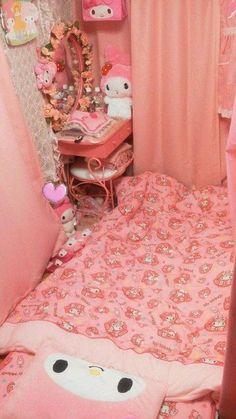 My melody bedroom My New Room, My Room, Dorm Room, Kawaii Bedroom, Otaku Room, Cute Room Ideas, New Toilet, Aesthetic Rooms, My Melody