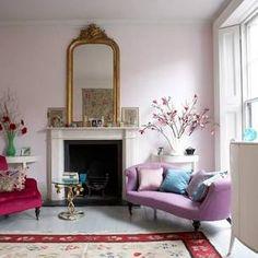 ピンクの壁紙でお部屋をコーデ。おしゃれなインテリア実例集 | iemo[イエモ]