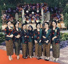 Kebaya tradisional Kebaya Hijab, Kebaya Brokat, Kebaya Dress, Batik Kebaya, Kebaya Wedding, Wedding Hijab, Wedding Attire, Javanese Wedding, Indonesian Wedding