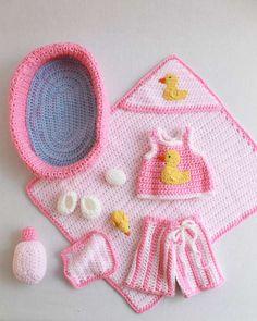 PB034 Doll Bath Set Crochet Pattern- http://www.maggiescrochet.com/doll-bath-set-pattern-p-1537.html#.UVSFsVeNpZ0 #crochet #pattern #bath #set #doll #toys #duck