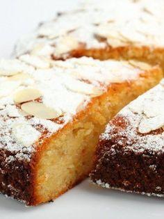 Κέικ για διαβητικούς με ανθότυρο, αμύγδαλα και lime