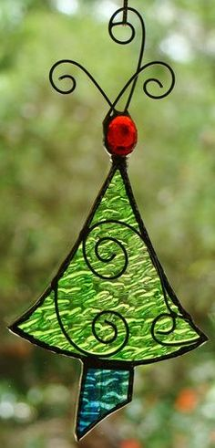 'LIME GREEN CHRISTMAS TREE' Stained Glass ORNAMENT HAND CRAFTED LEADLIGHT GIFT with METAL SCROLLS $15