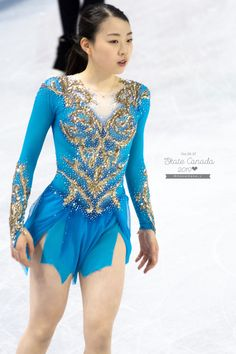 Figure Skating Costumes, Beautiful Young Lady, Sport Girl, Sports Women, Skate, Dancer, Cover Up, Golf, Sexy