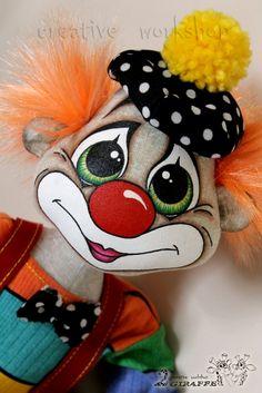 "Людмила Набиуллина ""Куклы и игрушки: творим вместе"" Pet Toys, Baby Toys, Clown Party, Cute Clown, Doll Making Tutorials, Sock Dolls, Send In The Clowns, Doll Painting, Sewing Dolls"