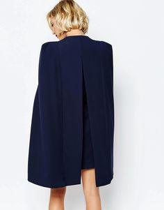 Image 2 - Lavish Alice - Robe cape fendue au dos