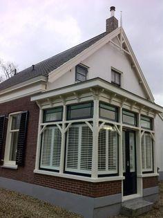 Twitter / GijsGoudkamp: Ook van buiten heeft dit huis ...