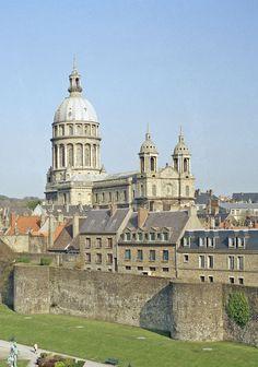 Notre Dame et les remparts de Boulogne-sur-Mer Ma douce France