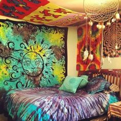 boho, interior design, bedroom, colorful, tie-dye, dreamcatcher, photography colourful peaceful room hippy