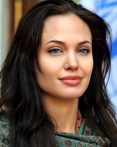 Angelina Jolie, Tapas, Hollywood, Actresses, Cute, Beauty, Beautiful, Instagram, Goals