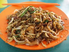 Char Kway Teow | 27 Reasons Singapore Is The Most Delicious Place On Earth