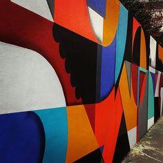 Menilmontant change de manteau #streetart