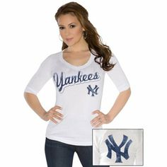 Touch By Alyssa Milano New York Yankees Ladies End Line Three-Quarter Sleeve V-Neck T-Shirt - White