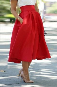 High waist vintage skirt, modest, flattering and will make you feel like a lady!