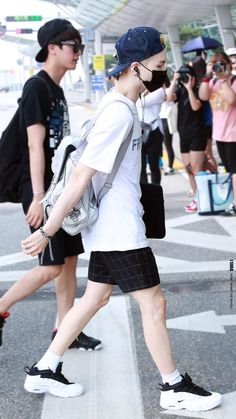 BTS @ 150715 Incheon Airport leaving for NYC, USA for 2015 BTS LIVE TRILOGY IN USA Episode II. - 1st Stop New York