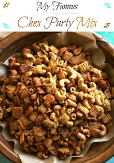 My Famous Chex Party Mix. Original and Honey flavored Chex and Cheerios, cashews and pretzels combined with the perfect seasonings. This stuff is addicting. Snack Mix Recipes, Yummy Snacks, Appetizer Recipes, Snack Mixes, Salty Snacks, Diy Snacks, Yummy Food, Appetizer Ideas, Yummy Appetizers