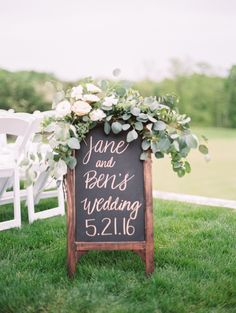 Pretty chalkboard weddibg sign: Photography : Jeremy Chou Photography Read More on SMP: http://www.stylemepretty.com/2016/08/02/a-candy-station-sets-this-outdoor-country-club-wedding-apart/