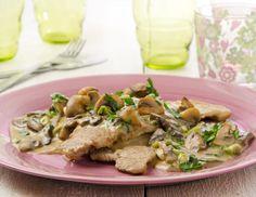 Champignonschnitzel - Rezept - ichkoche.at Roast Chicken Recipes, Roasted Chicken, Creamy Mushrooms, Stuffed Mushrooms, Pork Strips, Mushroom Cream Sauces, Beef Goulash, French Food, Potato Salad
