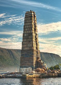 A massive bonfire was created in Alesund, Norway for the Sankthans festival celebrated every june The gigantic event took over 40 meters of stacked wood pallets and around 40 people to build. The tallest bonfire was made in 2010 at meters Alesund, Airbus A380, 10 Picture, World's Biggest, Historical Sites, Monuments, Worlds Largest, Skyscraper, Funny Pictures