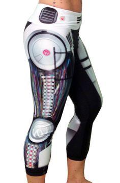 www.thestrengthfactor.com - we love leggings and meggings
