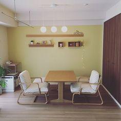 Lounge,シンプル,リビングでもダイニングでも使えるテーブル,リビングでもダイニングでも使えるソファ,Muji,無印良品,ナチュラル,カフェ風,北欧,照明,持たない暮らし,ミニマリスト,マンションインテリア,リビングでもダイニングでもつかえる,シンプルライフ,観葉植物,雑貨,シンプルインテリア mayuの部屋 Decor, Furniture, Room, Cozy Bedroom, House, Corner Desk, Table, Home Decor, Conference Room Table